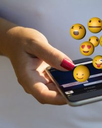 Should You Use Emojis In Your SMS Marketing Campaign?